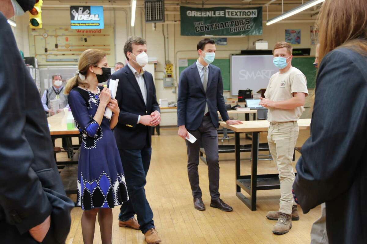 Lt. Governor Susan Bysiewicz, left, visited Vinal Technical High School in Middletown recently to highlight Gov. Ned Lamont's proposal for the use of federal COVID-19 recovery funding that Connecticut is receiving from the American Rescue Plan Act.