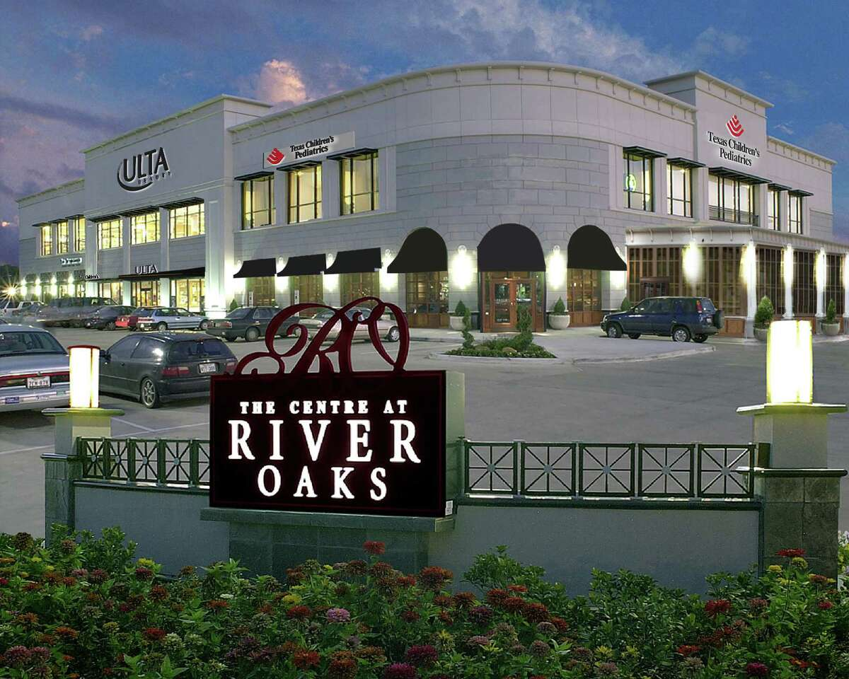 Transwestern Real Estate Services represented the Ainbinder Co., owner of the Centre at River Oaks at 3021 Kirby Drive, in new leases.