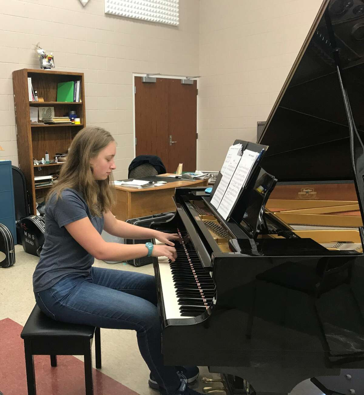 Manistee High School sophomore Emily Sullivan received a perfect score for her piano solo at the Michigan School Band and Orchestra Association's Virtual Solo and Ensemble Festival.