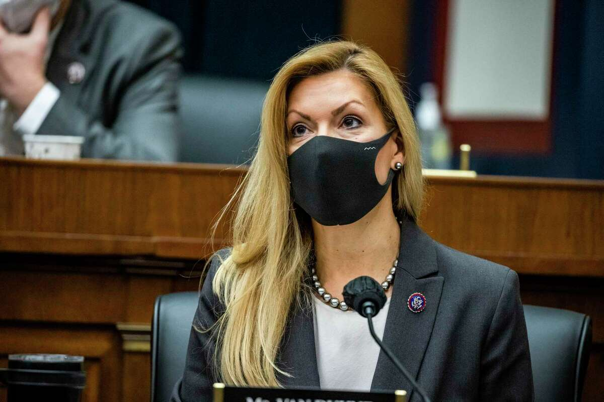 U.S. Rep. Beth Van Duyne, R-Irving, received a $500 fine for violating the House's mask mandate a second time. (Samuel Corum/Getty Images/TNS)