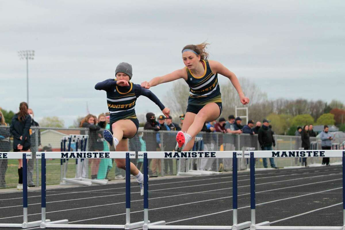 Libby McCarthy (right), Raegan Codden and the Manistee Chippewas will compete in a Division 3 regional at Benzie Central on Friday. (News Advocate file photo)