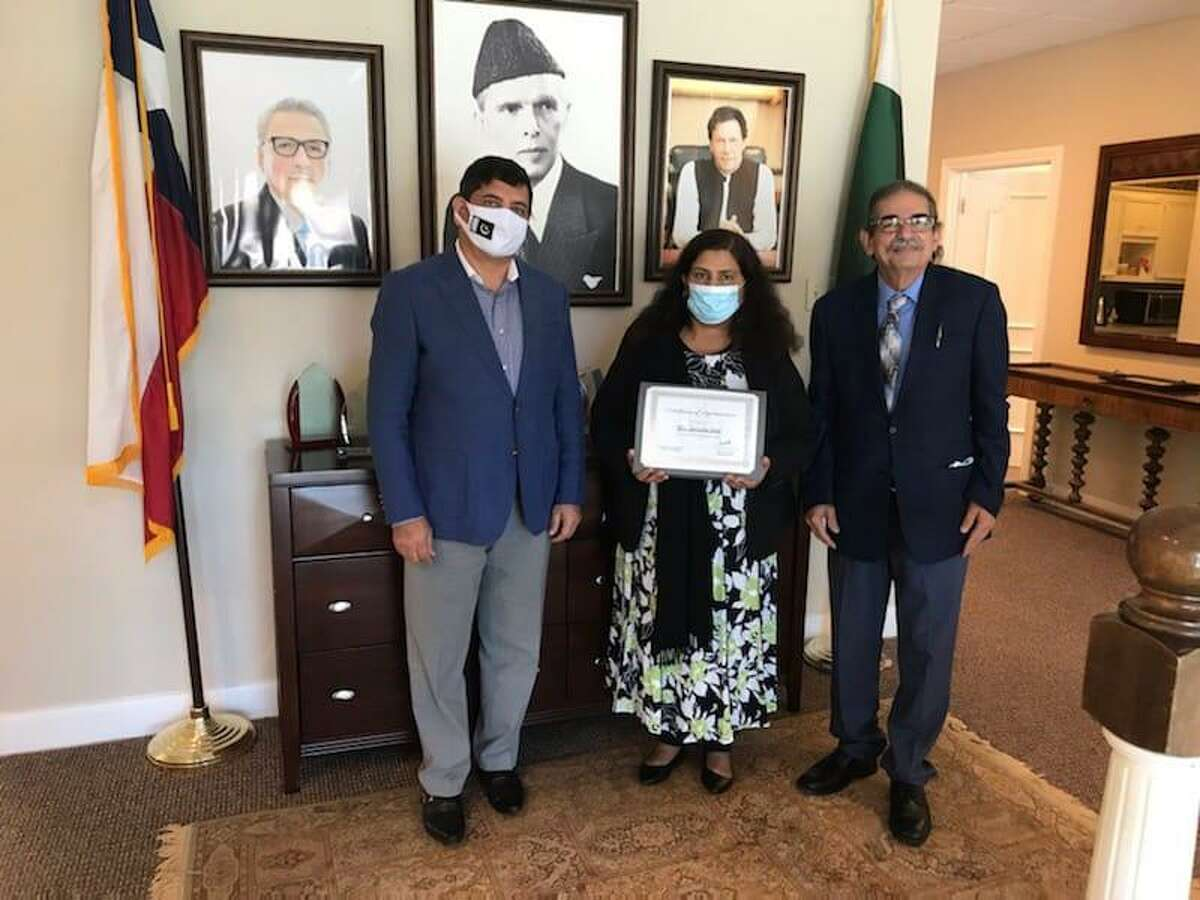 Pictured are artist Zartasha Shah with Abrar Hashmi from the Consulate General of Pakistan in Houston. She was recognized this spring for showing art there.