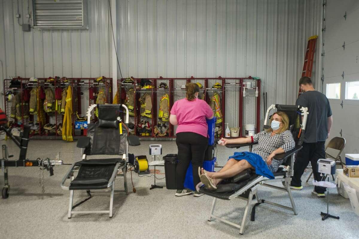 Versiti hosts a blood drive Thursday, May 20, 2021 at the Jerome Township Fire Station in Sanford. (Katy Kildee/kkildee@mdn.net)