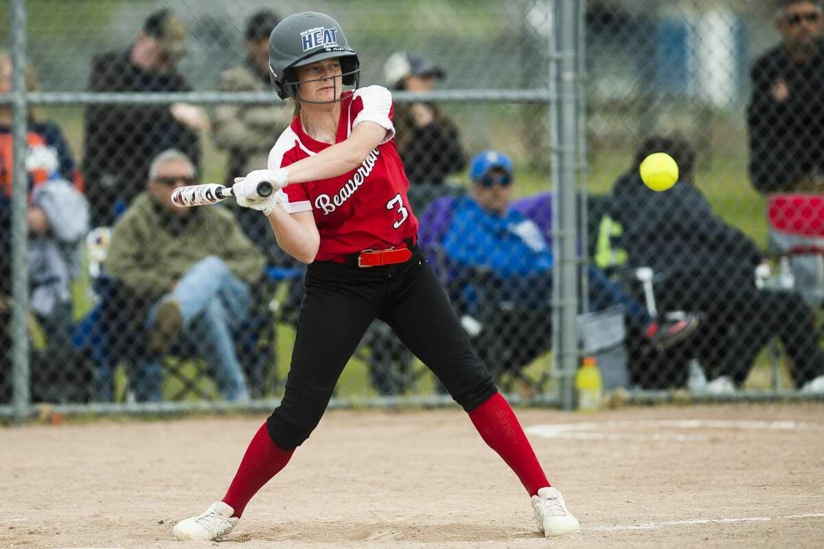 Beaverton's Alexis Grove takes a swing during a May 24, 2019 game against Coleman.