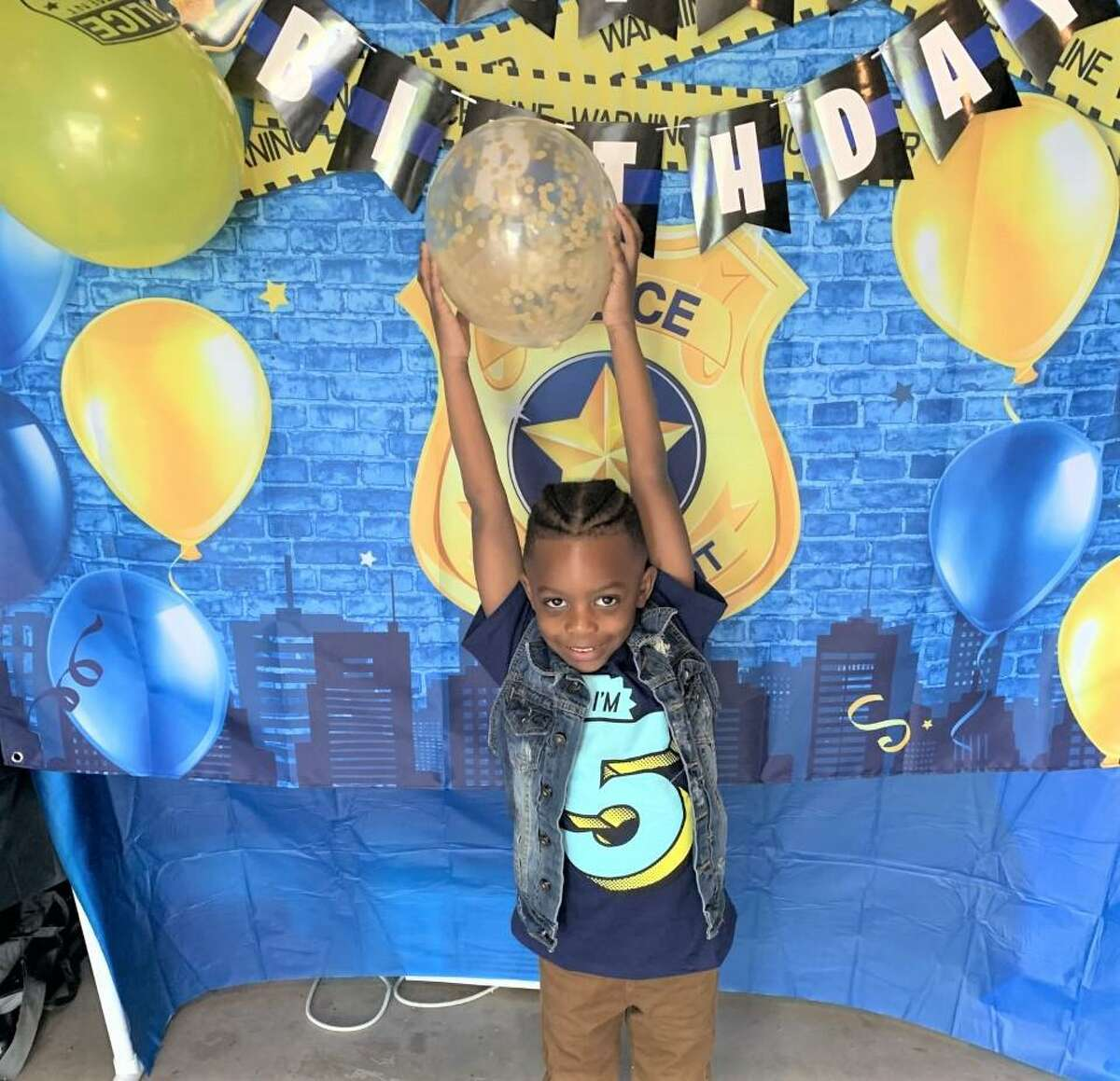 Middletown High School Resource Officer Emilio Magnano surprised Kiarra Bennett's 5-year-old son at his fifth birthday party.