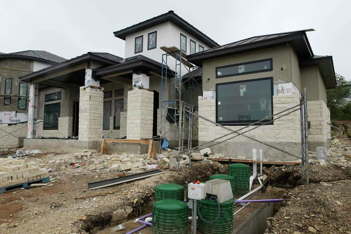 Price increases and delivery delays mean that the budget for Gina and Robert Martinezes' $698,000 home would be 20 percent higher if construction were starting now instead of last year.