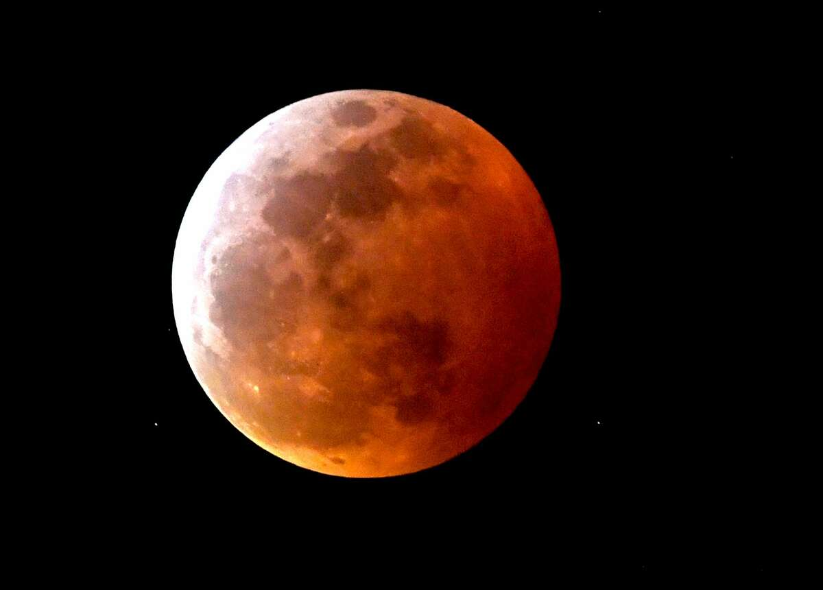 The first total lunar eclipse in almost 2 1/2 years will create a super blood moon that will grace the San Antonio sky next week.