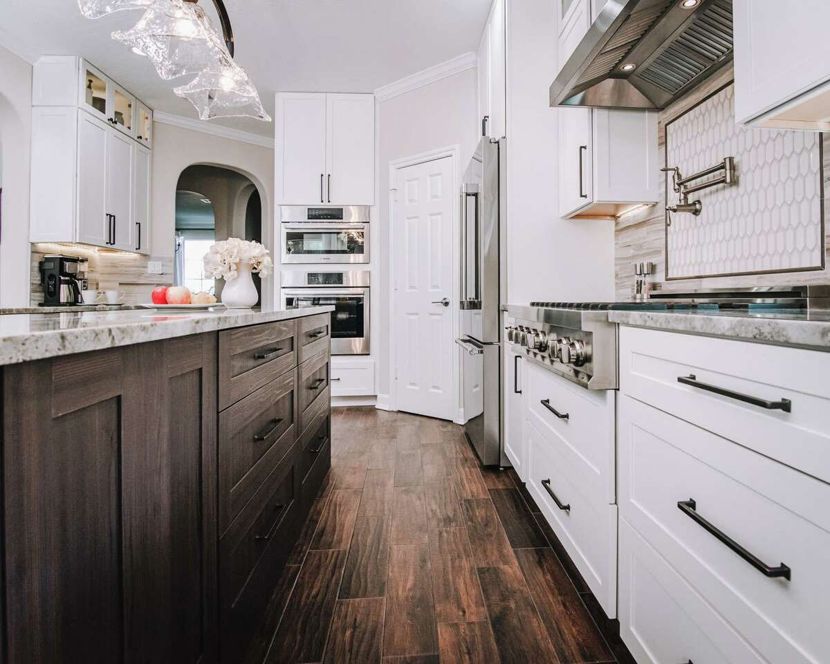 A before and after kitchen project in the home of Sharon Zeller. Interior design by Talena Gulash of Interior Design by Talena.