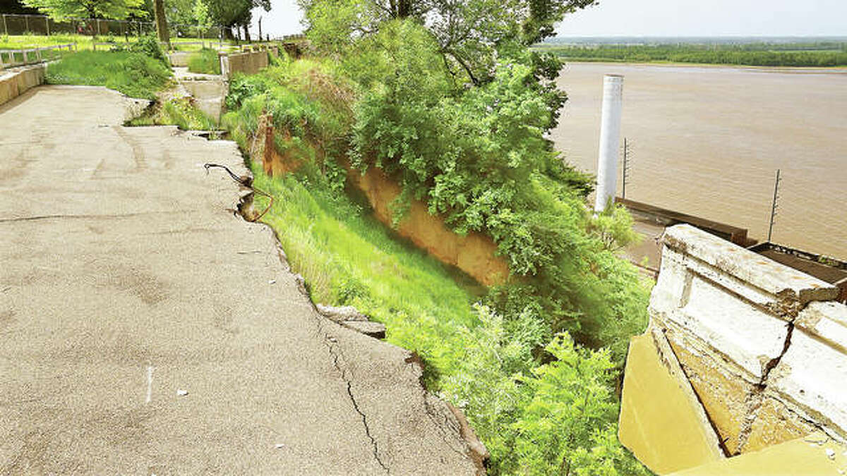 The erosion and collapse of a section of Riverview Drive near Riverview Park in Alton is largely unchanged after nearly two years, but help is on the way. The Federal Emergency Management Agency has announced that more than $3.7 million is coming to Alton to finally repair the blufftop road.