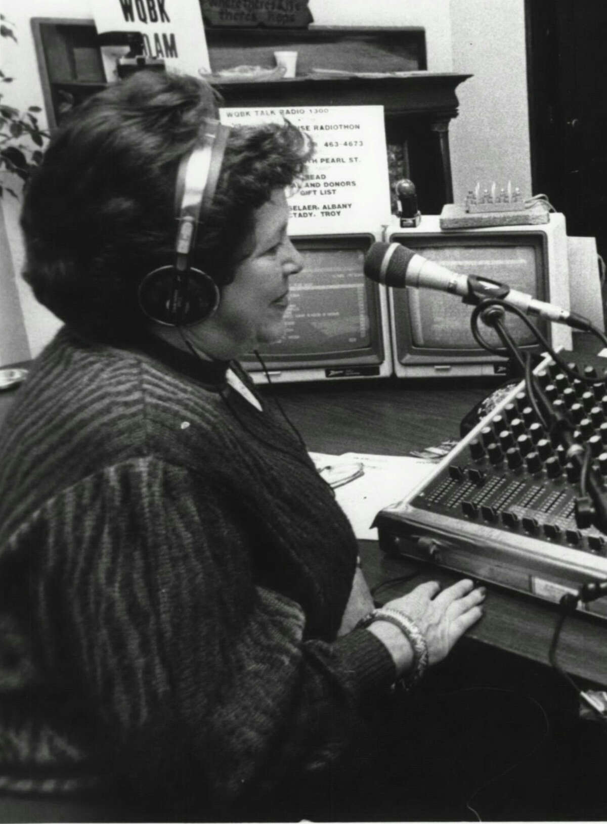 Stevi Swire at the microphone for WQBK-AM in 1986. (Times Union file photo.)