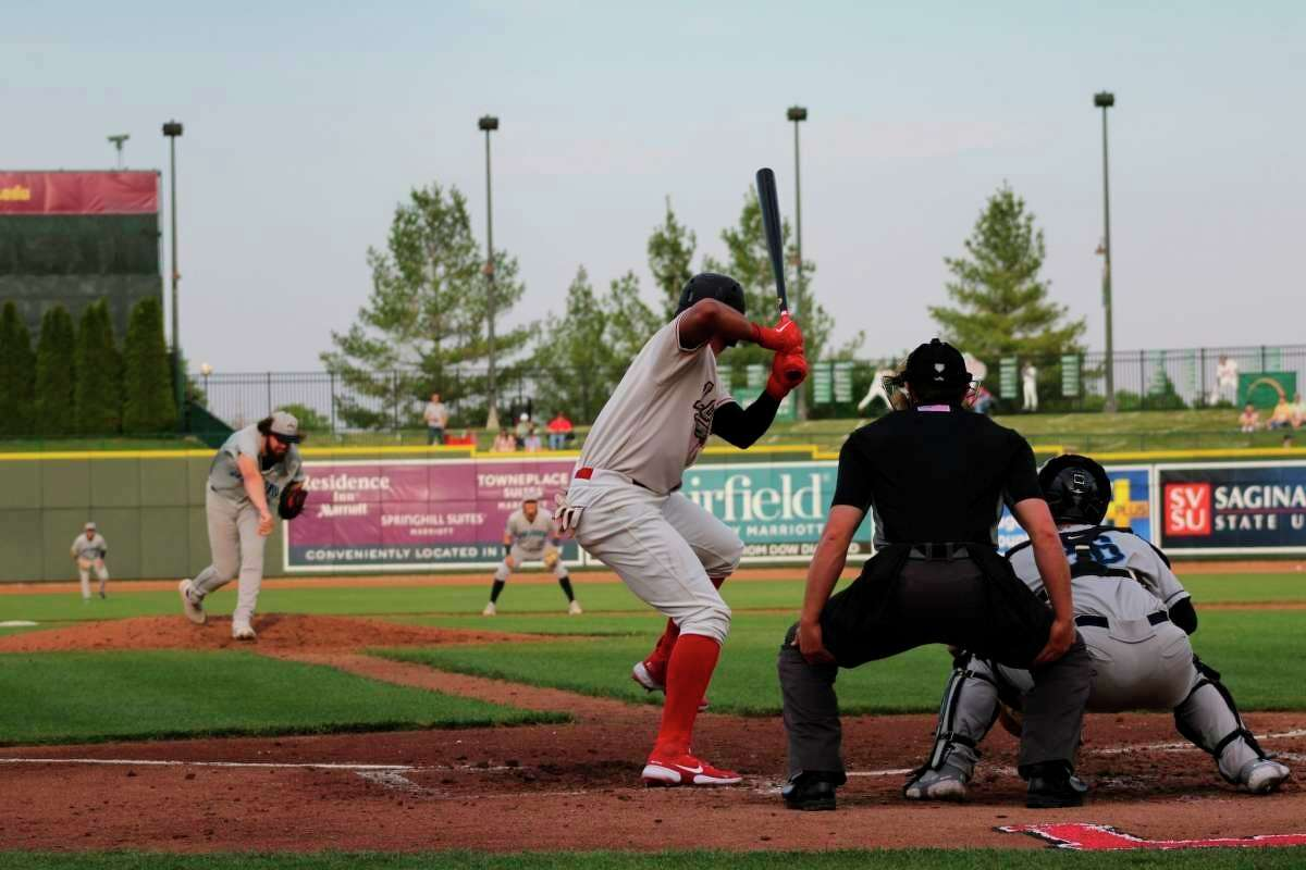 Loons shortstop Leonel Valera bats against Lake County on May 18, 2021 at Dow Diamond. (Austin Chastain/Austin.Chastain@hearstnp.com)