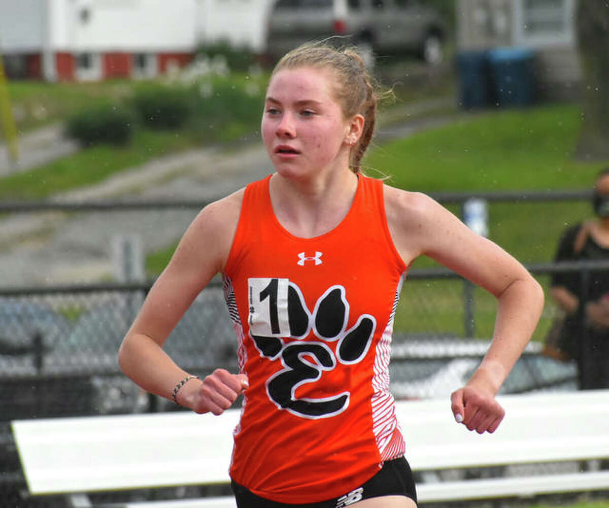 Edwardsville's Riley Knoyle won the 1,600-meter run at the Maroon Invitational on Friday in Belleville.