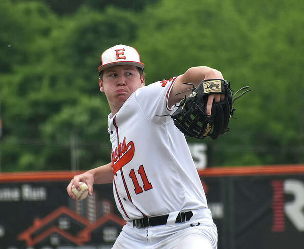 Edwardsville's Cam Grant delivers a pitch to a Nashville hitter in the seventh inning on Saturday at Tom Pile Field.