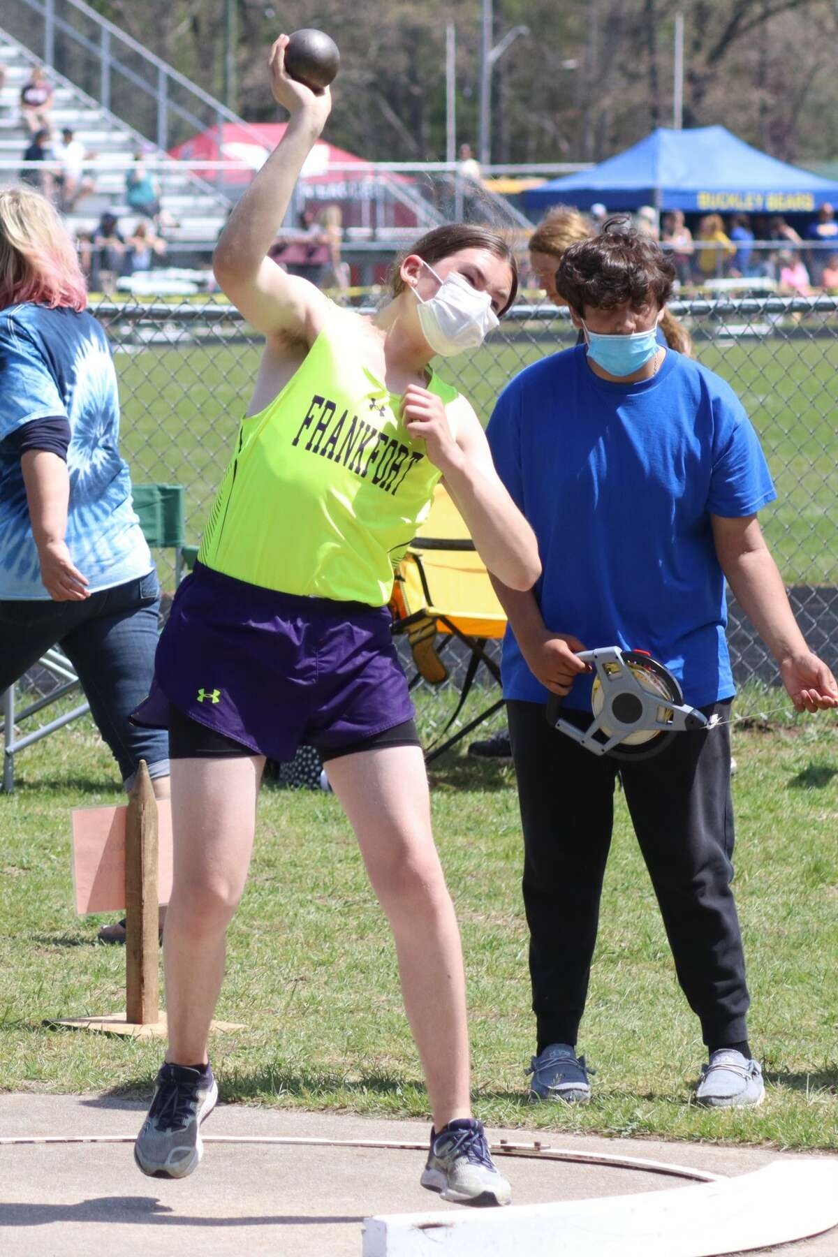 Frankfort's boys track and field team competes at regionals on May 22 at Brethren.