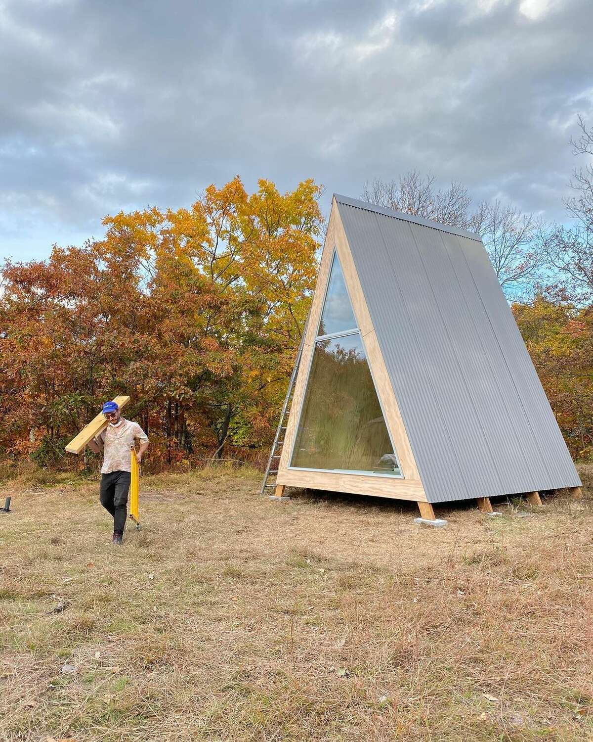 Co-founder of Den Outdoors, Mike Romanowicz, sees the convergence of a few trends that are helping spark interest in prefab cabins: the desire for more unique, wellness-oriented experiences, and the population shift in urban centers as people seek homes outside of cities and a restorative escape.