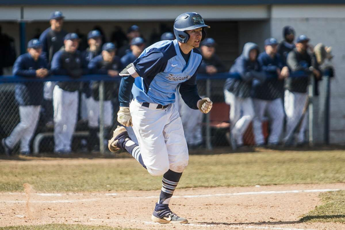 Northwood's Cole Brooks heads to first base during a March 29, 2019 game against Wayne State.