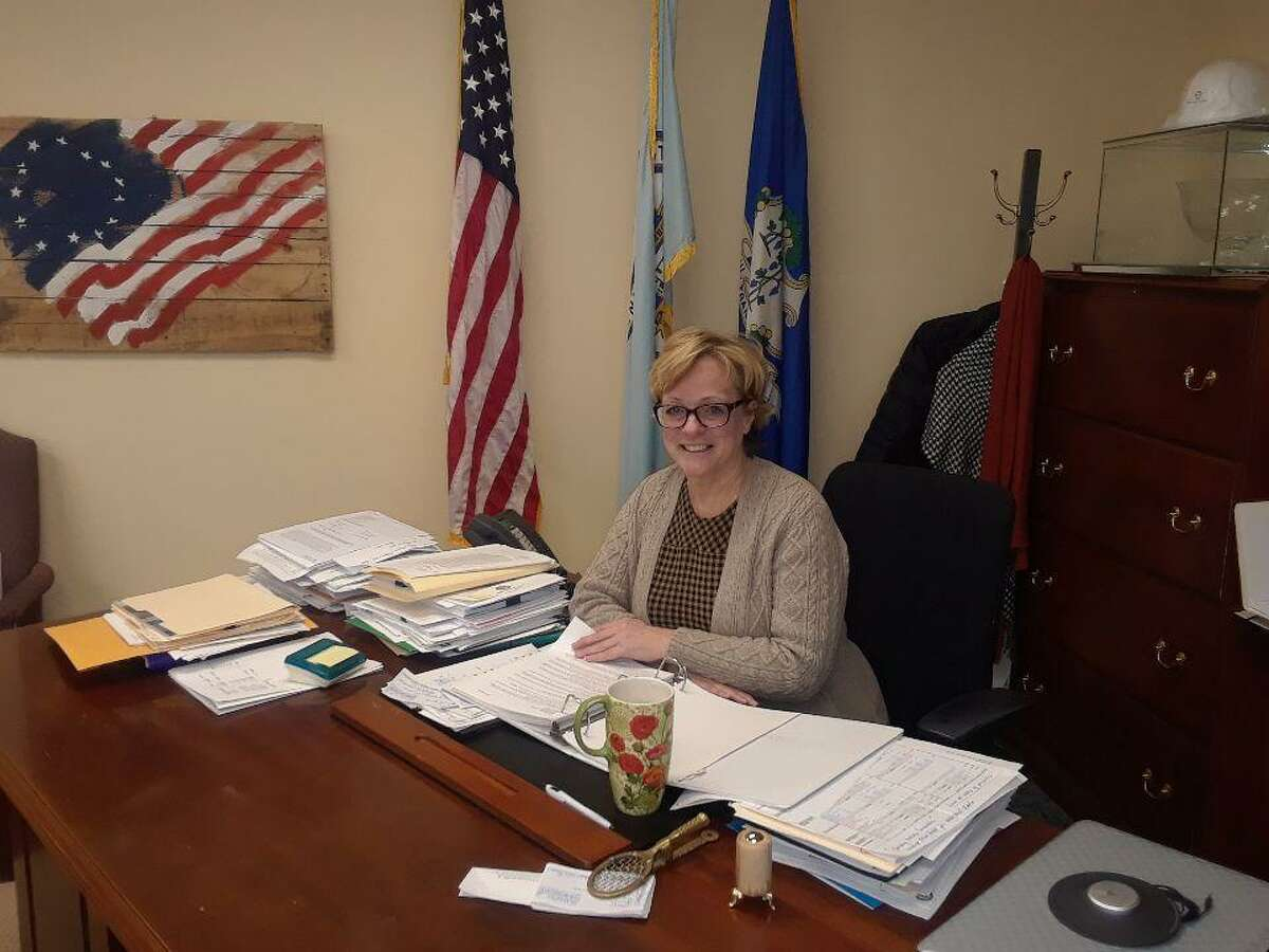 Torrington Mayor Elinor Carbone says the Kindness Campaign by the Mayor's Committee on Youth