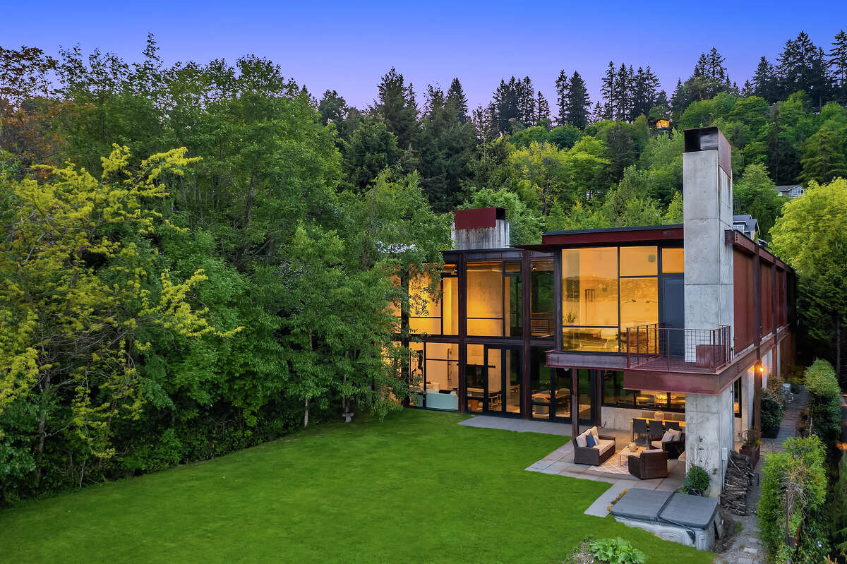 The home is just shy of 6,000 square feet, on a .40 acre lot.