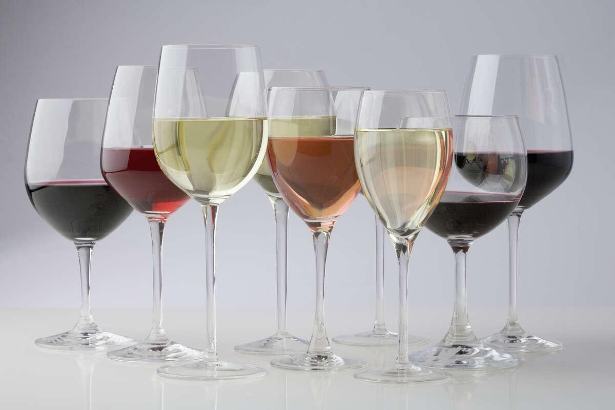 Set of 2 Bergundy Wine Glasses