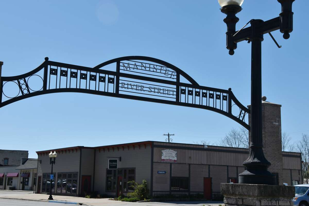 Manistee may soon have a social district that aims to take advantage of a law that passed last summer by enabling common areas downtown where people can consume alcohol on River Street.