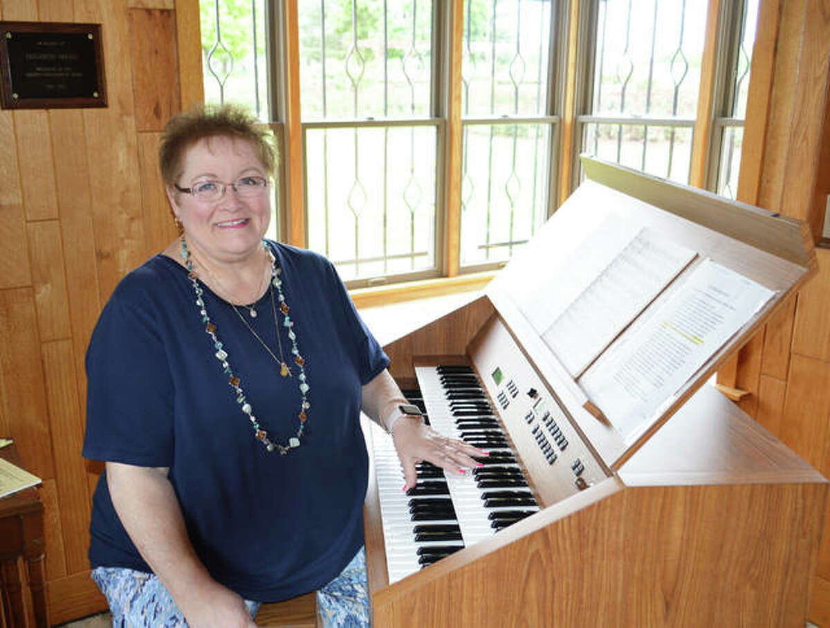 Susan Parton Stanard will kick off the carillon season in Alton on May 30. Fifteen featured musicians will play in the carillon concert series at 5 p.m. on Sundays through the first week of September in the Nan E. Elliott Memorial Rose Garden at Gordon F. Moore Community Park.