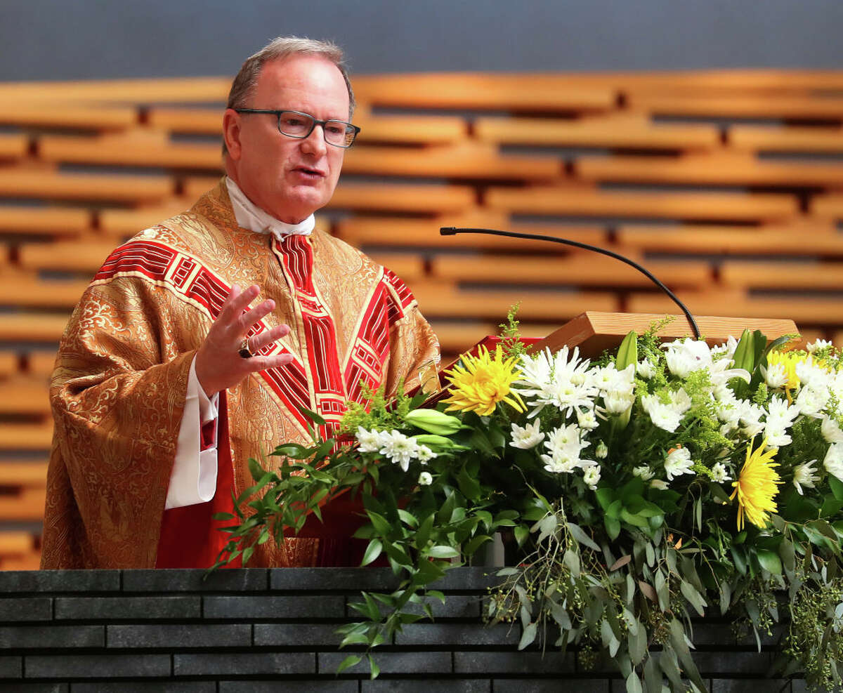 Bishop Michael Barber speaks during Easter Mass at The Cathedral of Christ the Light on Sunday, April 21, 2019, in Oakland, Calif.