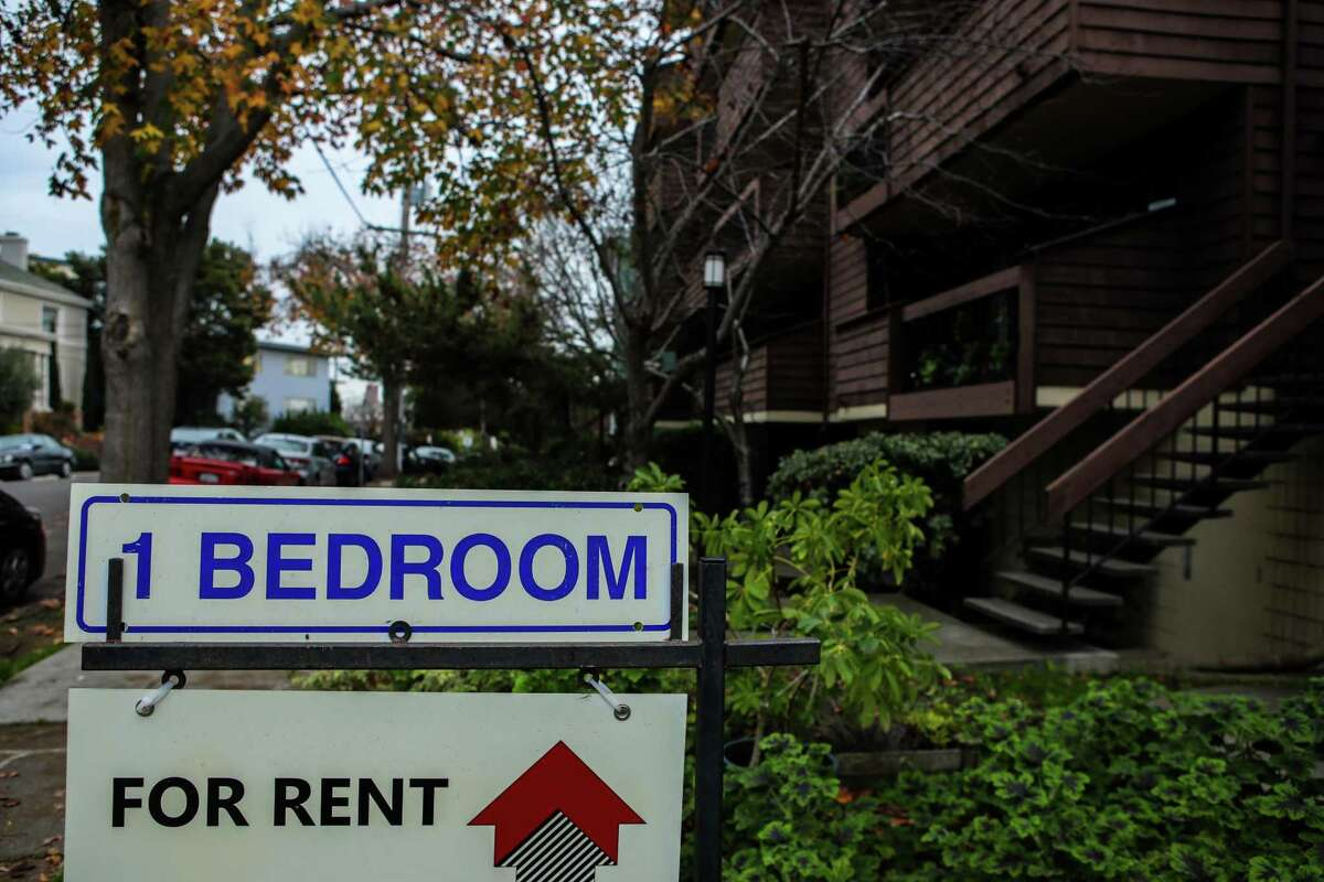 A sign advertises an apartment for rent at 285 Lenox Ave. in the Adams Point neighborhood on Tuesday, January 12, 2021, in Oakland, Calif.