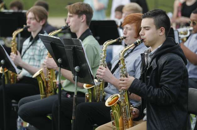 Members of the Montgomery High School band perform during a graduation ceremony, Tuesday, May 25, 2021, in Montgomery. Photo: Jason Fochtman/Staff Photographer / 2021 © Houston Chronicle