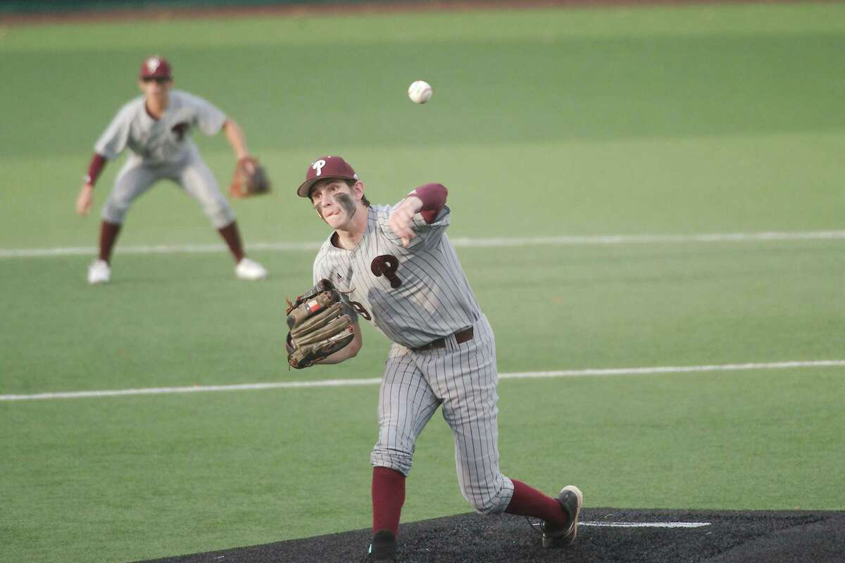 Pearland's Robert Patrick (9) will likely get the call in game one of the Oilers' playoff series against Jersey Village.