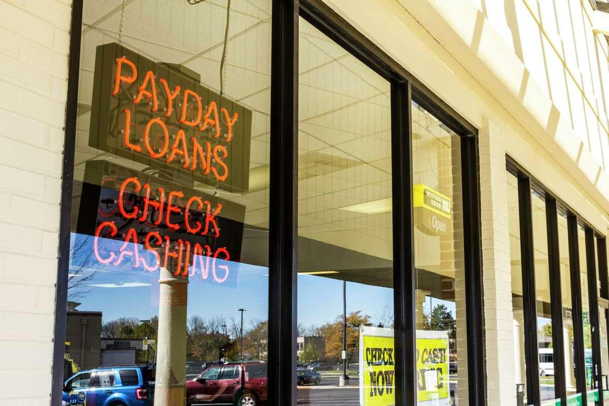 A Check Into Cash location in Indianapolis.
