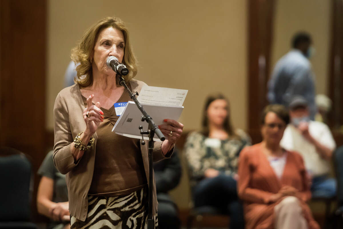 Kathleen Niemiec of Linwood Township speaks during a public hearing before the Michigan Independent Citizens Redistricting Commission Wednesday, May 25, 2021 at the Great Hall Banquet and Convention Center in Midland. The event was one of 16 statewide, constitutionally mandated public hearings allowing Michigan residents to share their concerns with the commissioners regarding their redistricting process. (Katy Kildee/kkildee@mdn.net)