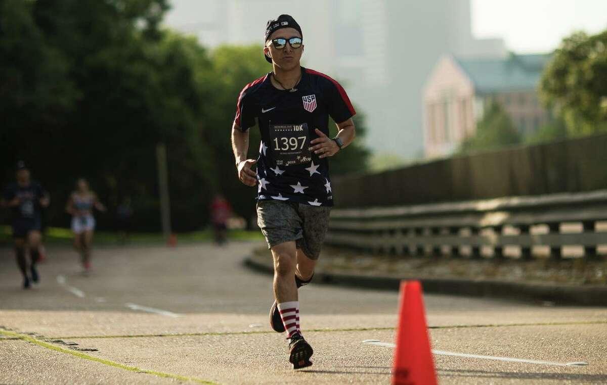 Houston Running Company presents Memorial Day 10K.