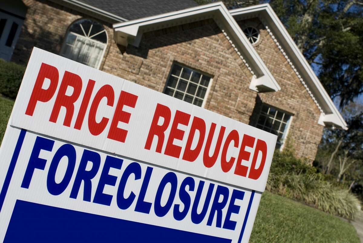 An analysis by QuoteWizard says that in Illinois, 30.3% of people could face foreclosure or be evicted in the next two months.