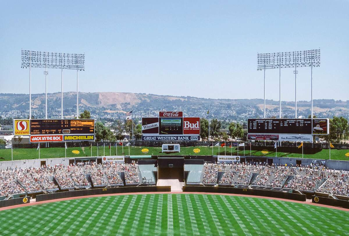 OAKLAND - MAY 18: A general view of the Oakland-Alameda County Coliseum before a Major League Baseball game between the visiting New York Yankees and the Oakland A's played May 18, 1989 in Oakland, California. (Photo by David Madison/Getty Images)
