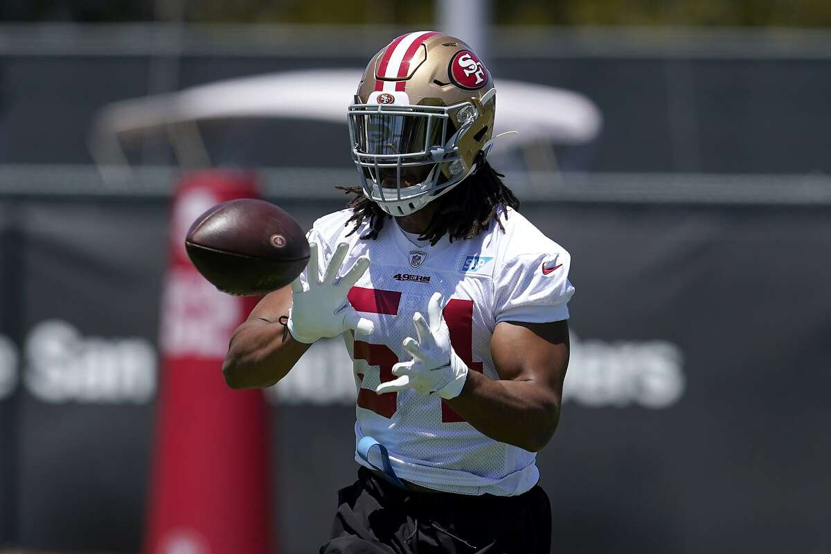 San Francisco 49ers linebacker Fred Warner is scheduled to make $3.38 million next season. The best-paid linebacker in the NFL, Seattle's Bobby Wagner, has an average salary of $18 million.
