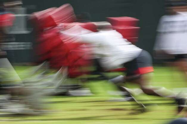 Houston Texans defensive players work out during team OTAs on Thursday, May 27, 2021, at The Houston Methodist Training Center in Houston. Photo: Brett Coomer, Staff Photographer / © 2021 Houston Chronicle