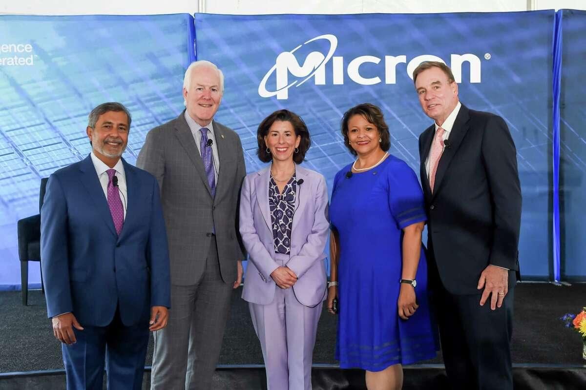From left, Micron President and CEO Sanjay Mehrotra, U.S. Senator John Cornyn, U.S. Secretary of Commerce Gina Raimondo, Manassas Mayor Michelle Davis-Younger and U.S. Senator Mark R. Warner.
