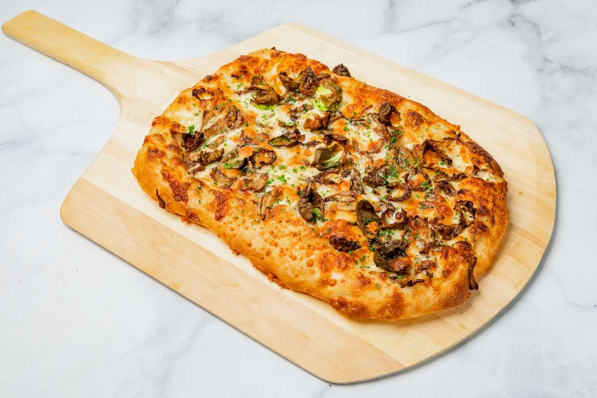 On its small but mighty menu, Itria offers four options for pizza.