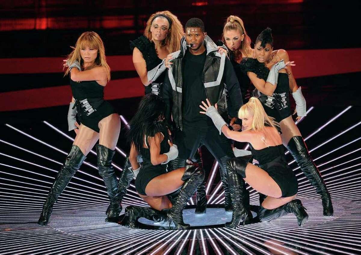 (#22) DJ Got Us Fallin' In Love- Usher featuring Pitbull