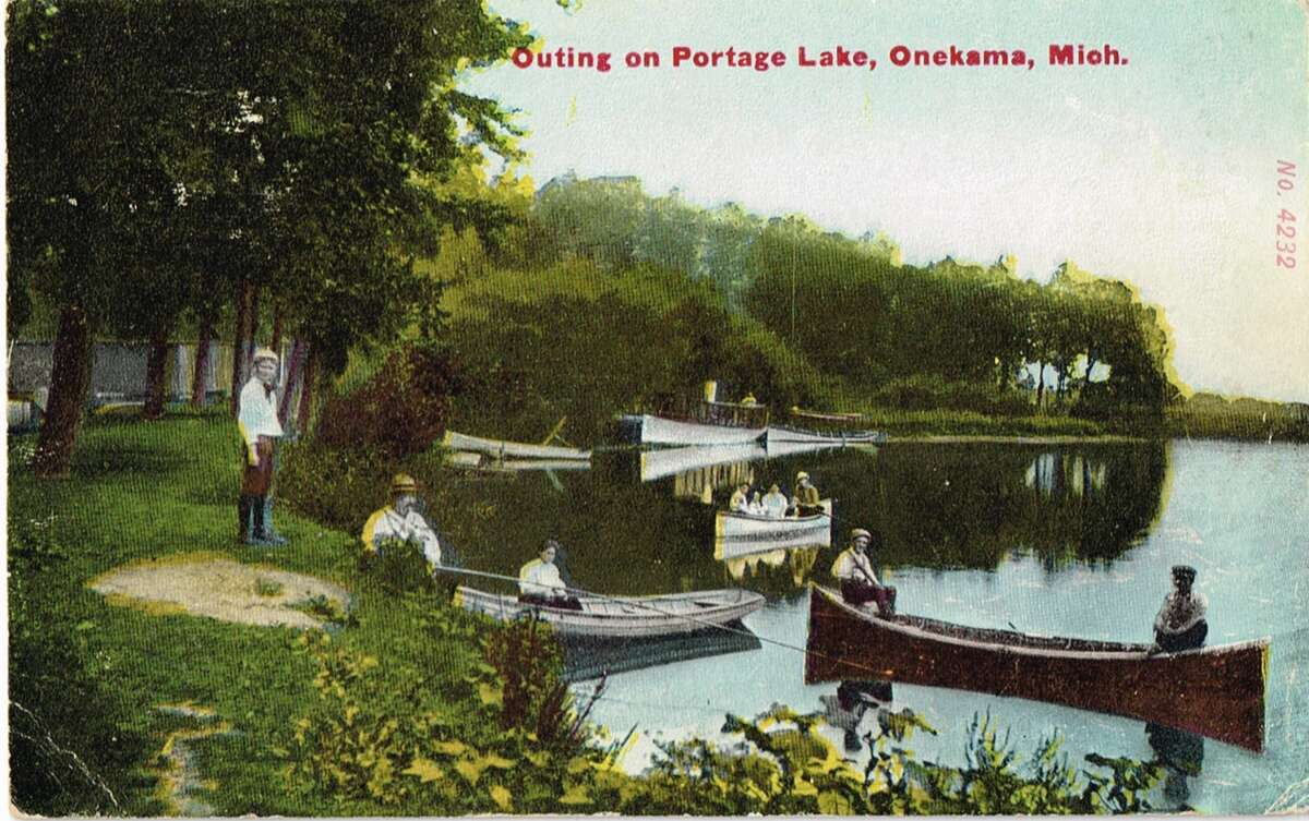 Outing on Portage Lake in Onekama in 1909. (Courtesy image)