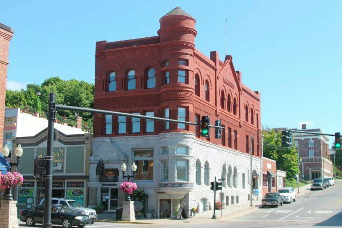 TJ's Pub, located at 399 River St. in Manistee. (File photo)