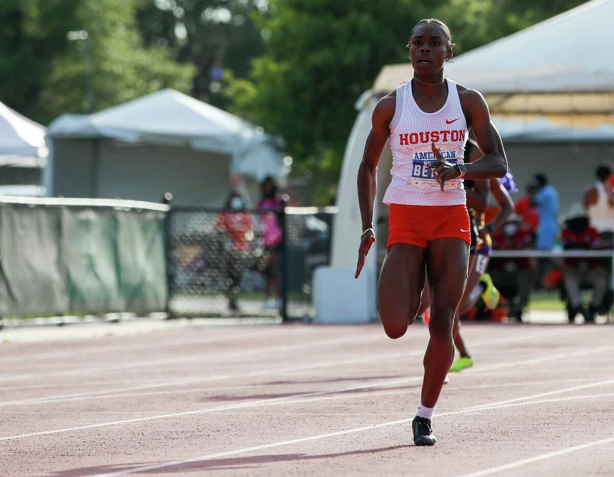 Brianne Bethel will compete for UH in four events in NCAA regional: 100, 200, 4x100 and 4x400 relay.