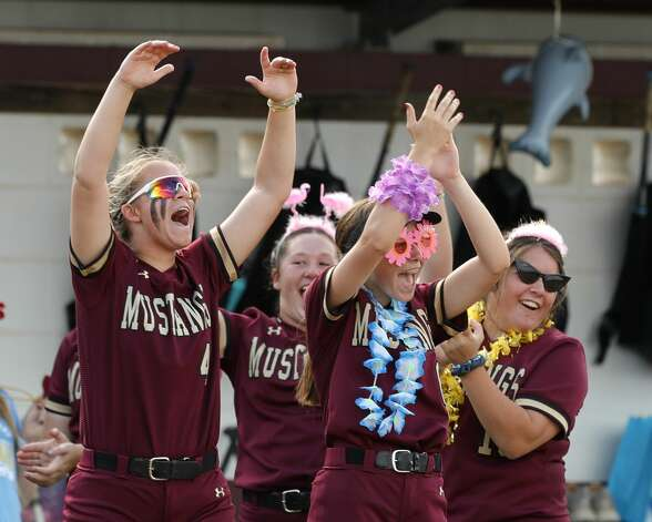 Magnolia West players cheer during a one-game Region III-5A quarterfinal game at Magnolia High School, Friday, May 14, 2021, in Magnolia. Photo: Jason Fochtman/Staff Photographer / 2021 © Houston Chronicle