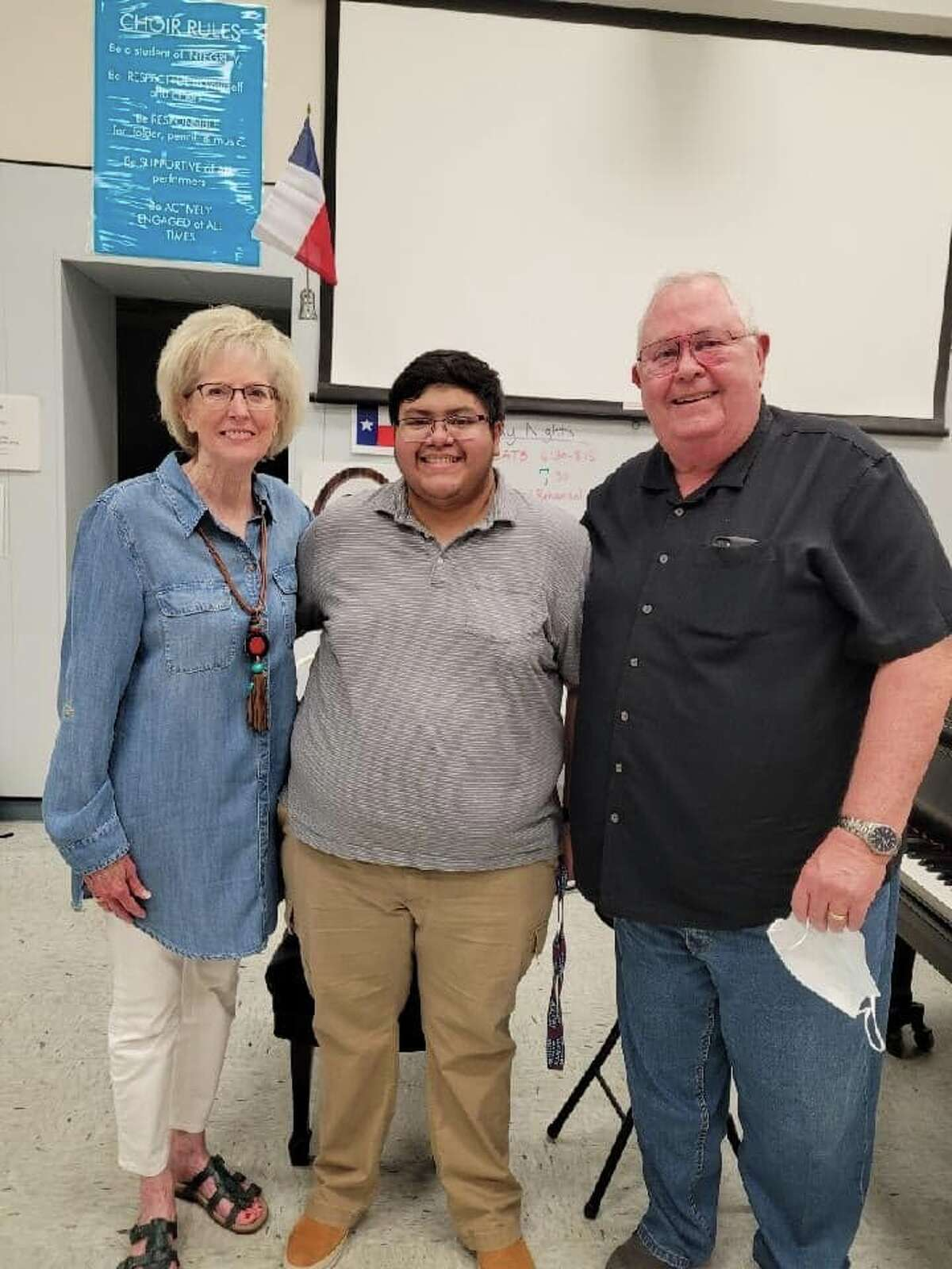 Caleb Aguirre, a recent Plainview High School graduate, is this year's recipient of the Clay R. Warren Memorial Scholarship, which is awarded annually through the Community Foundation of West Texas. Pictured: Caleb Aguirre (center) stands with Freada and Mark Warren, parents of the late Clay Warren