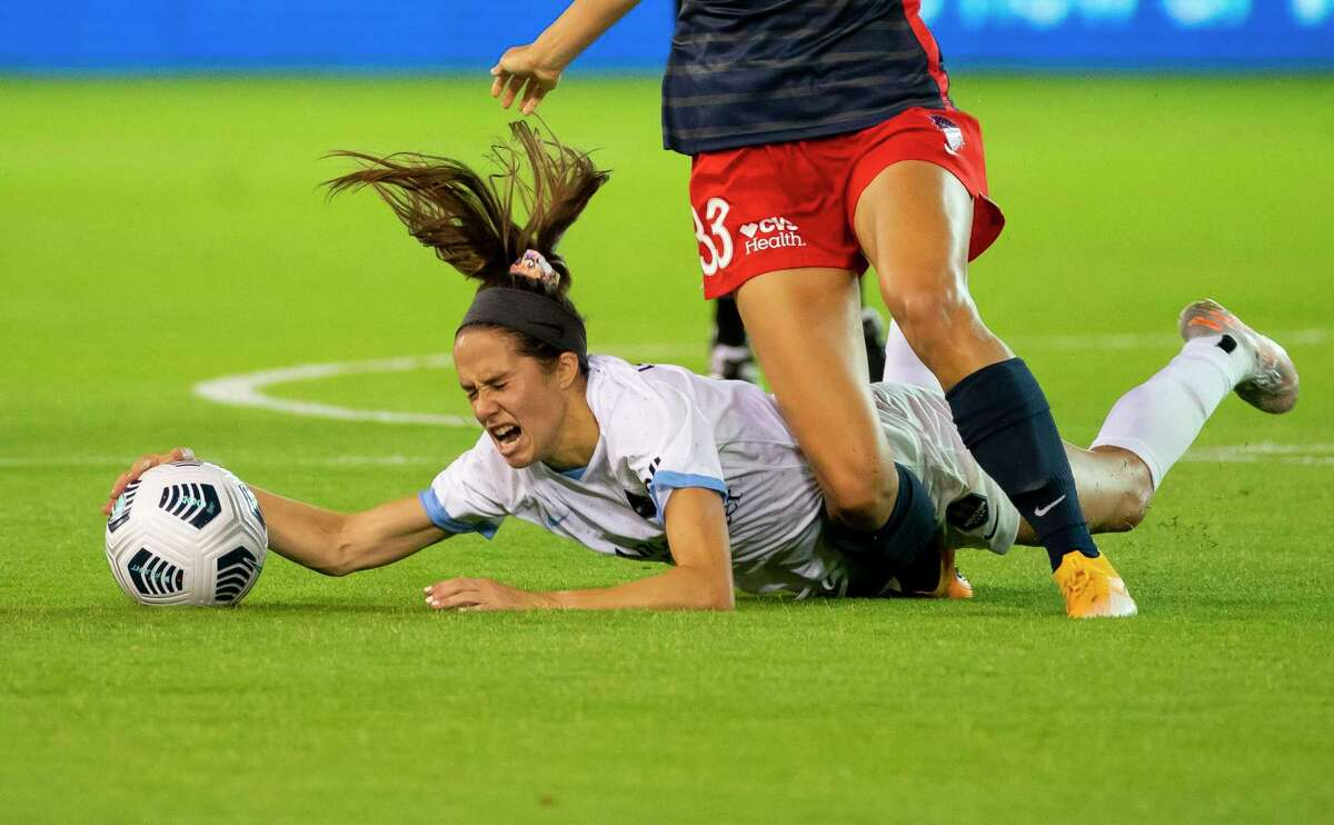 Shea Groom and the Dash have suffered some hard knocks this season but look to get back up on Saturday agianst Chicago.