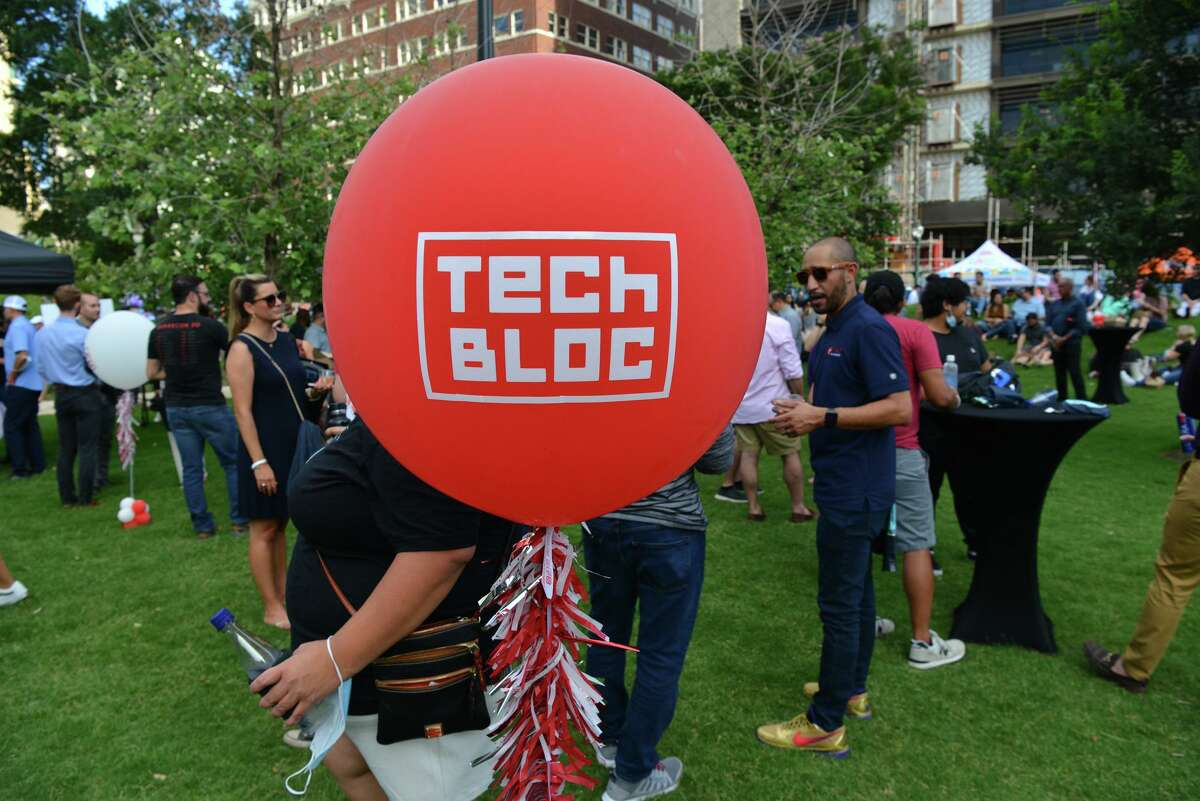 Over 2000 people were expected during a reboot rally hosted by Tech Bloc at the Weston Urban Legacy Park downtown Thursday evening.