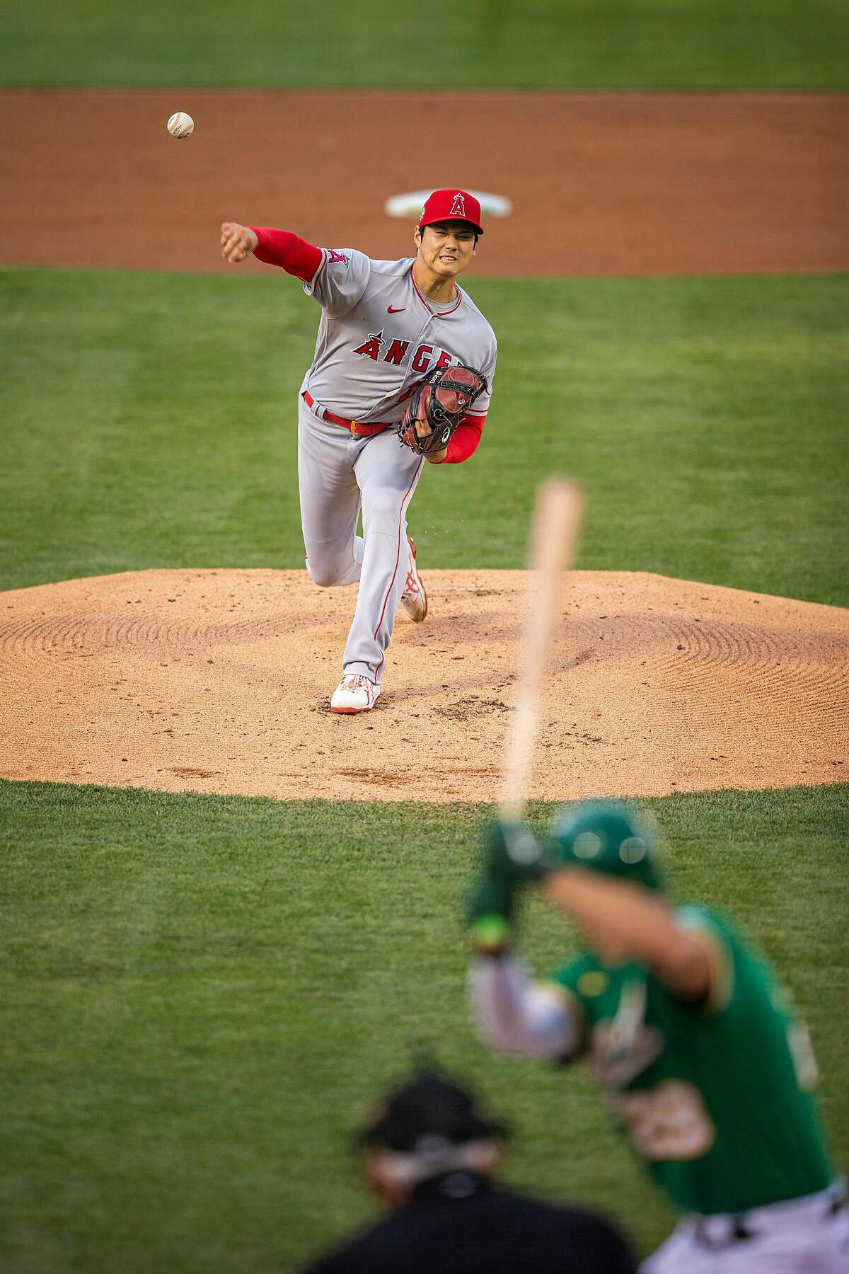 Angels starting pitcher Shohei Ohtani, who wasn't in the batting order, made it to the seventh inning.