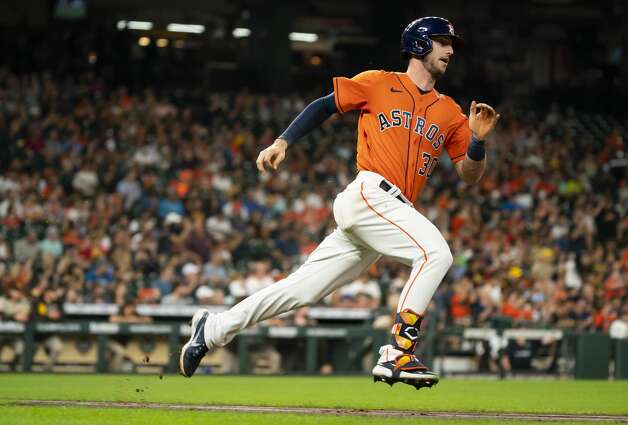 Houston Astros left fielder Kyle Tucker (30) runs to first after hitting a double during the first inning of an MLB game between the Houston Astros and San Diego Padres on Friday, May 28, 2021, at Minute Maid Park in Houston. Photo: Mark Mulligan/Staff Photographer / © 2021 Mark Mulligan / Houston Chronicle