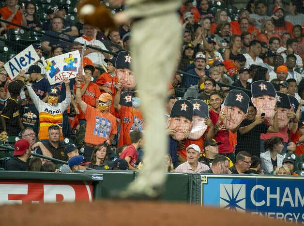 Fans cheer for Houston Astros third baseman Alex Bregman (2) during the ninth inning of an MLB game between the Houston Astros and San Diego Padres on Friday, May 28, 2021, at Minute Maid Park in Houston. Photo: Mark Mulligan/Staff Photographer / © 2021 Mark Mulligan / Houston Chronicle