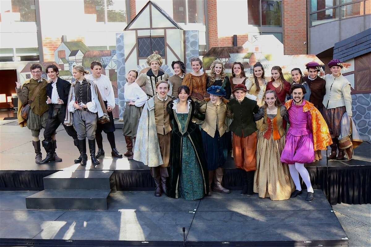 """The Darien High Theatre 308 cast poses for a shot before the performance of """"Something Rotten!"""" at Darien High School on May 27, 2021."""